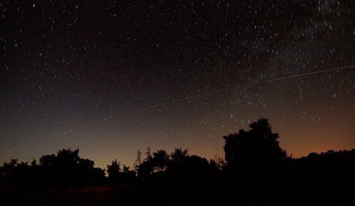 Pase de la ISS en el cielo