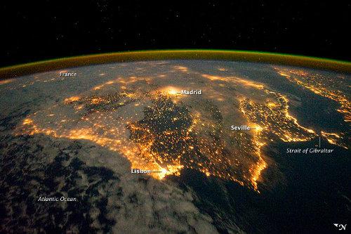 La Península Ibérica de noche desde la ISS